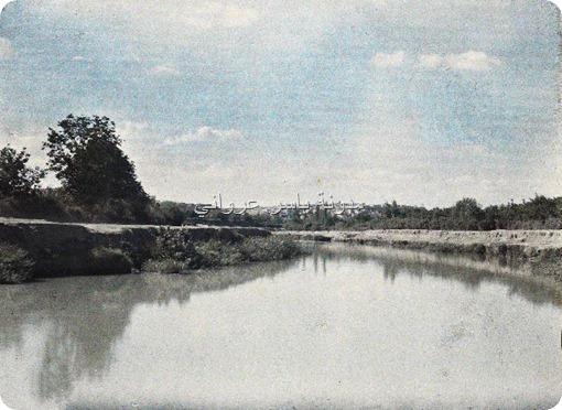 مجرى نهر العاصي بمدينة حماة